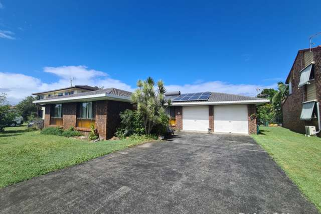 14 Roseland Avenue, Yamba NSW 2464