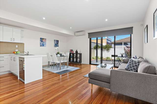 6/2 Barrys Lane, Coburg VIC 3058