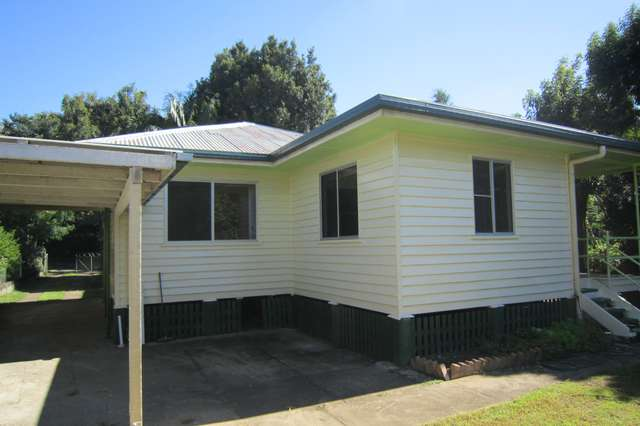 39 Railway Road, Fairfield QLD 4103