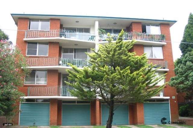 1/58 Grosvenor Crescent, Summer Hill NSW 2130