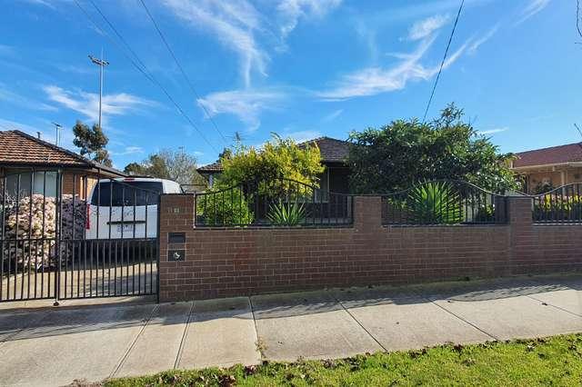 21 Sandra Street, Kings Park VIC 3021