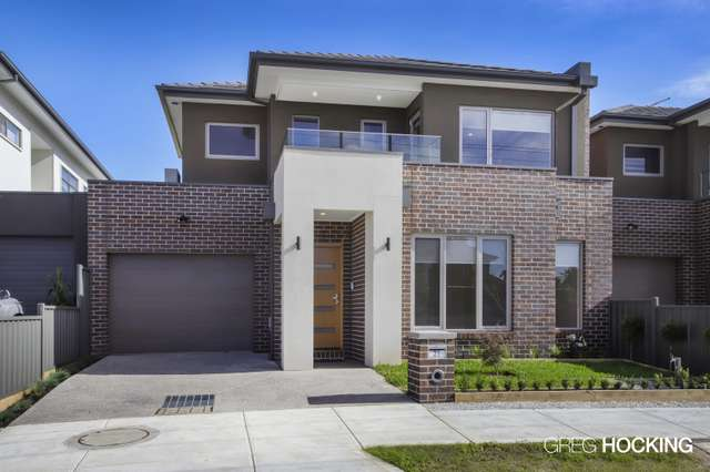21 Riverview Street, Avondale Heights VIC 3034