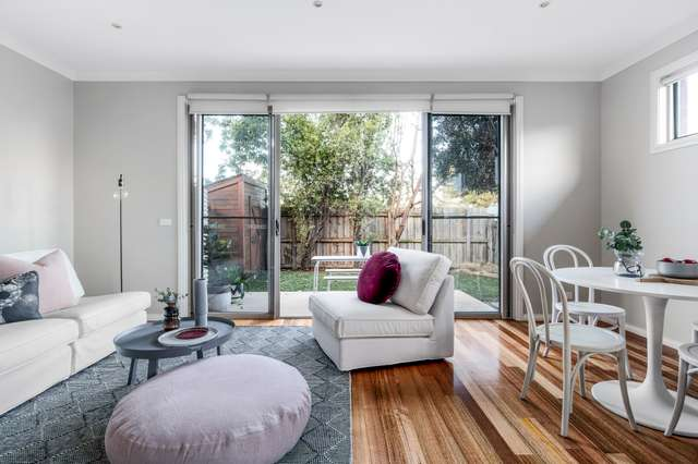 3/2 Manly Court, Coburg North VIC 3058