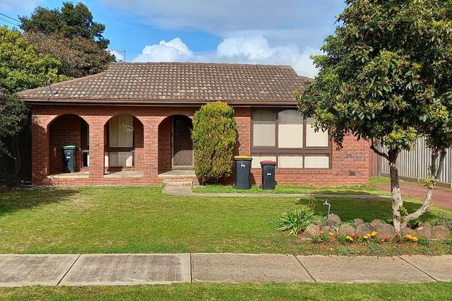81 Barries Road, Melton VIC 3337