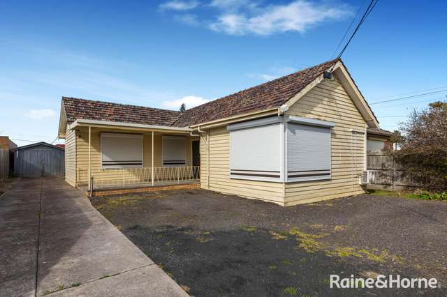 32 View Street, St Albans VIC 3021