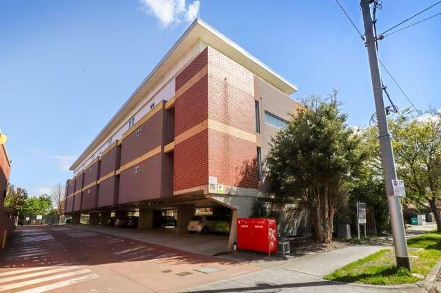 15/75 Droop Street, Footscray VIC 3011