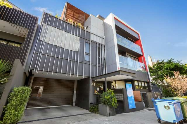 104/41 Victoria Street, Footscray VIC 3011