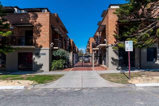 31/120-122 Lake Street