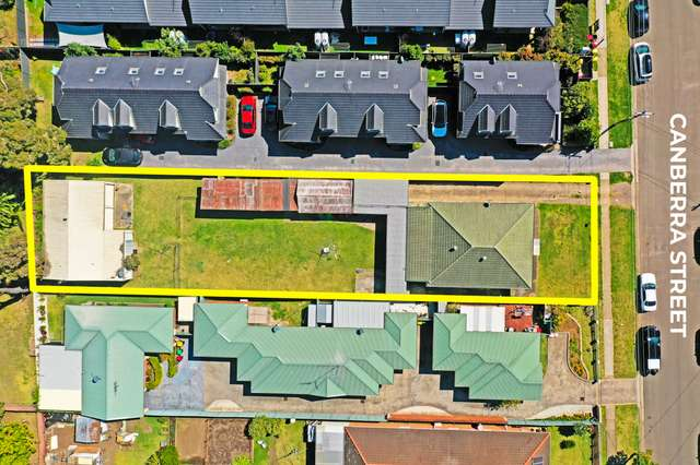 54 Canberra Street, Oxley Park NSW 2760