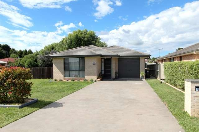7 Roche Close, Moss Vale NSW 2577