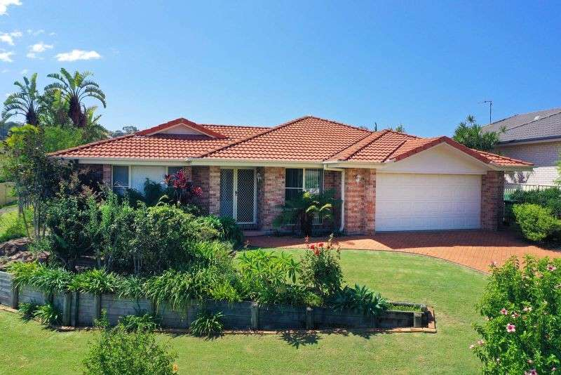 Main view of Homely property listing, 15 Bellevue Place, Hallidays Point, NSW 2430