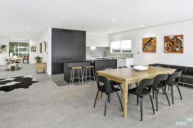 LEASED, Curl Curl NSW 2096