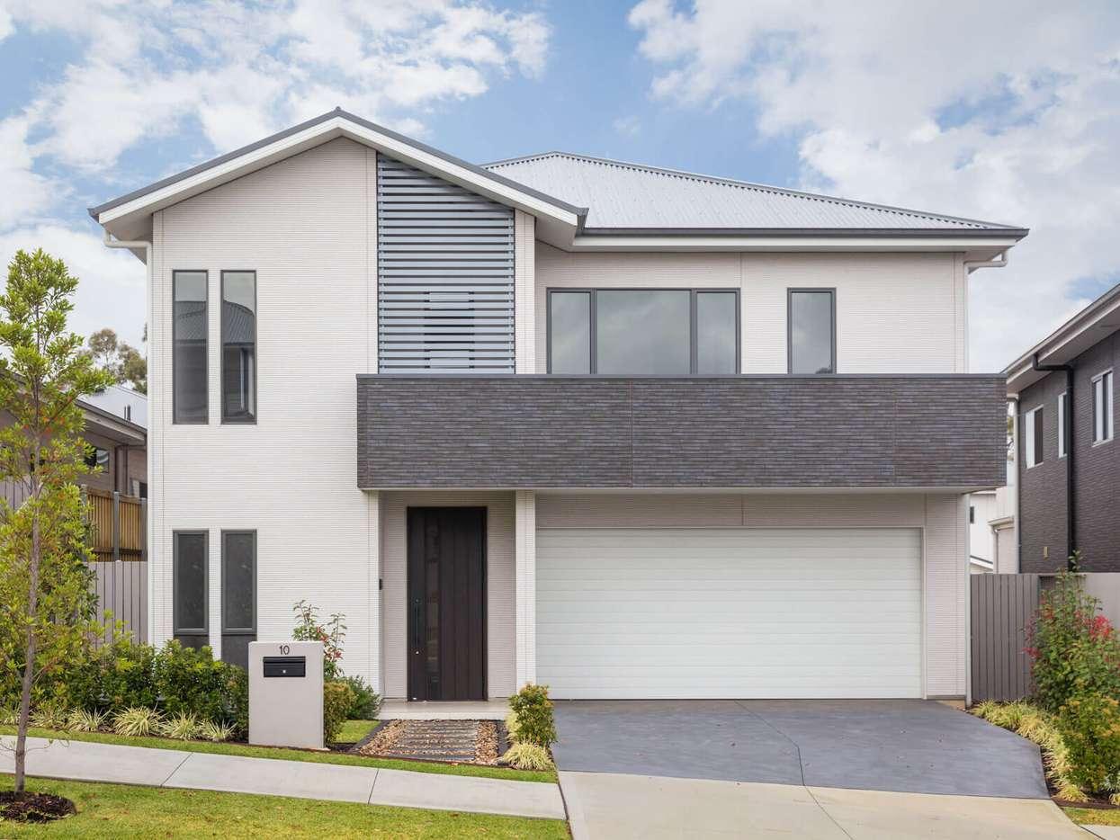 Main view of Homely property listing, 10 Koonara Grange, Gledswood Hills, NSW 2557