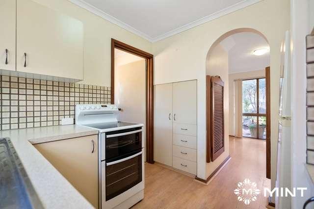 2/17 Irwin Street, East Fremantle WA 6158