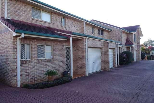 351 West Street, Harristown QLD 4350