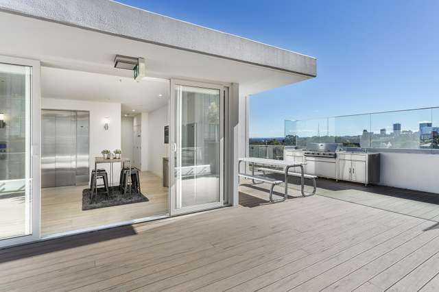 403 at 156 Pacific Highway, North Sydney NSW 2060