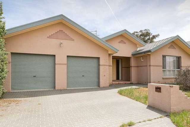17 IRONBARK CIRCUIT, Jerrabomberra NSW 2619