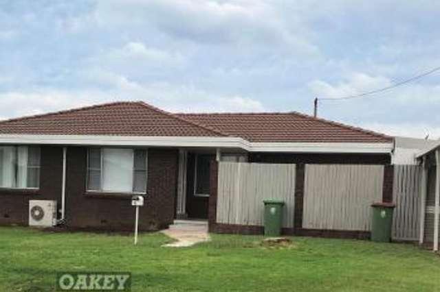 6 Werth Street, Oakey QLD 4401
