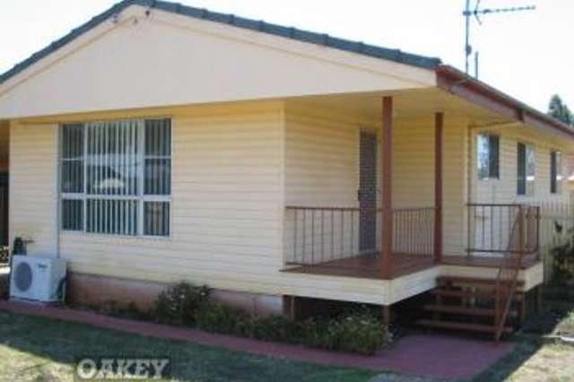 22 Aubigny Road, Oakey QLD 4401