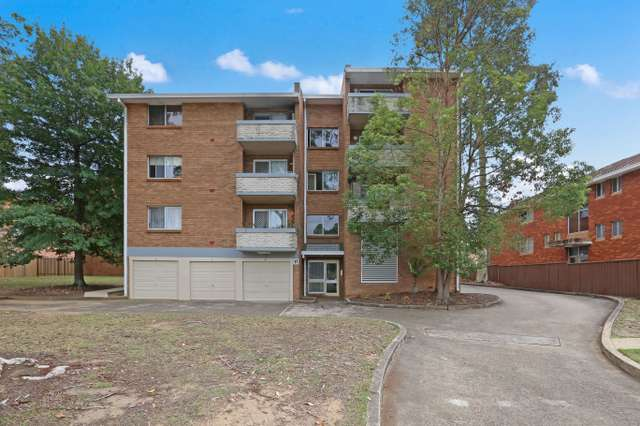 16/17-19 Santley Crescent, Kingswood NSW 2747