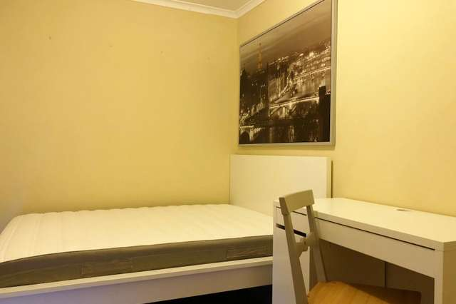 Room 8/54 Westerfield Drive, Notting Hill VIC 3168