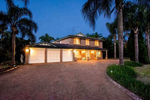 5 Cabernet Circuit, Orchard Hills NSW 2748
