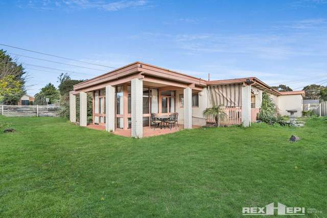 7 Greenridge Avenue, Narre Warren VIC 3805