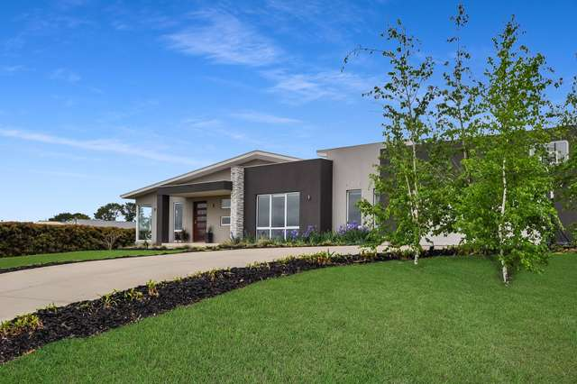 19 Blue Ridge Drive, White Rock NSW 2795
