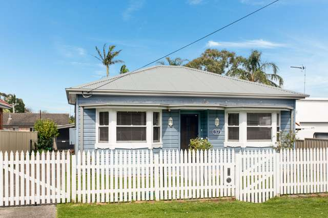 37 Braeside Avenue, Keiraville NSW 2500