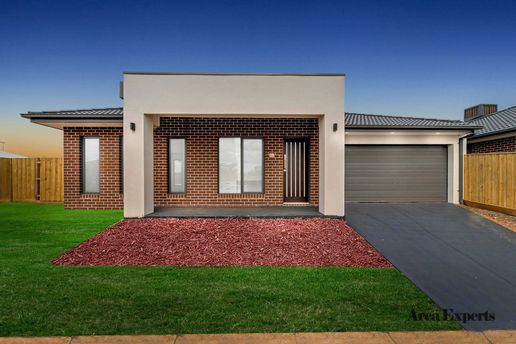 15 Bottlebrush Road