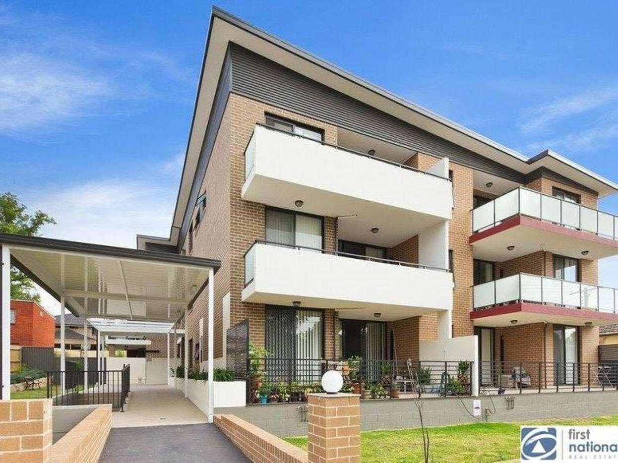 Main view of Homely unit listing, 3/11-15 Dixon Street, Parramatta, NSW 2150