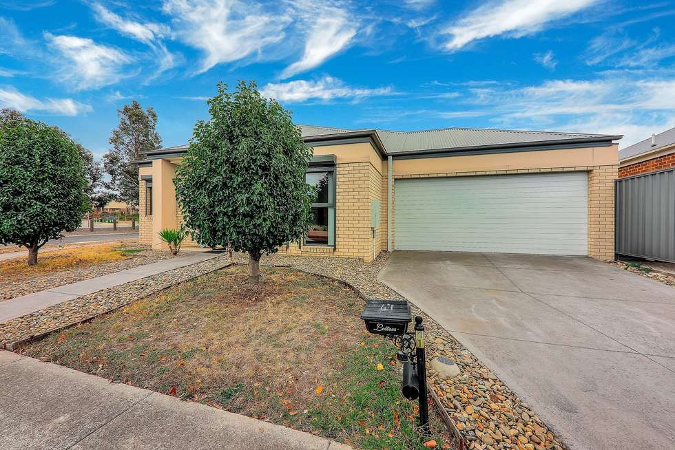 Second view of Homely house listing, 41 Kinglake Crescent, Craigieburn VIC 3064