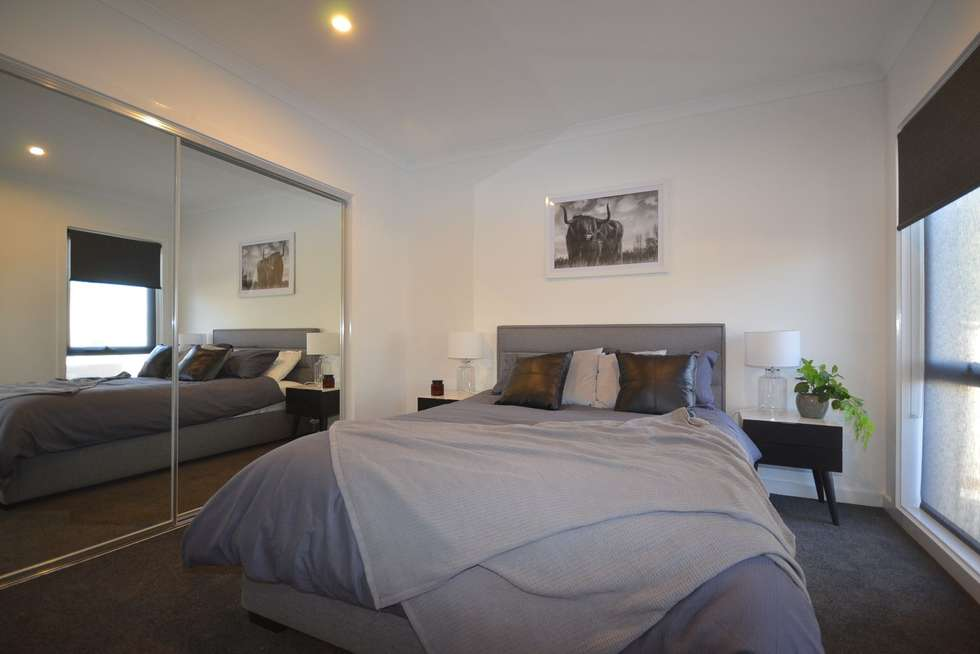 Second view of Homely house listing, 1/164 Arnold Street, Bendigo VIC 3550