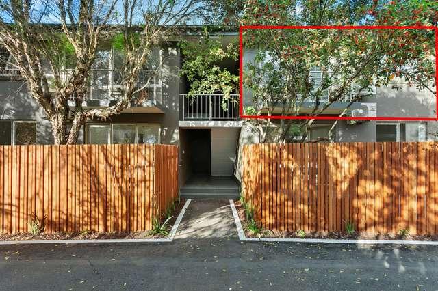 10/23 Hallam Street, Quarry Hill VIC 3550