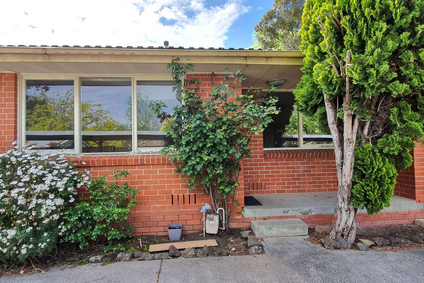Main view of Homely unit listing, 2/1 Ware Crescent, Ringwood East VIC 3135