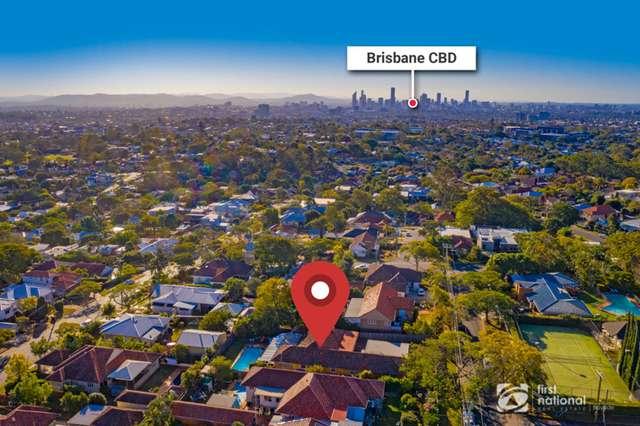 11 Berkeley Street, Holland Park QLD 4121