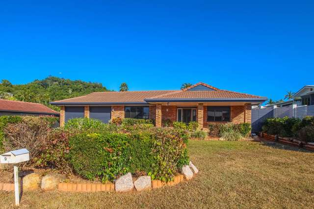 9 Finch Street, Bayview Heights QLD 4868