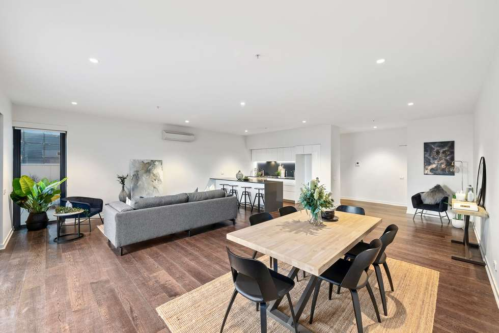 Fourth view of Homely apartment listing, Penthouse/199 William Street, Melbourne VIC 3000