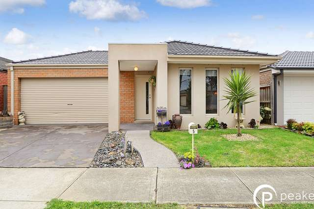 5 Cerulean Drive, Officer VIC 3809
