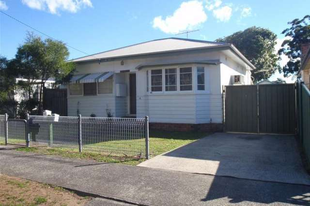 35 Picnic Parade, Ettalong Beach NSW 2257