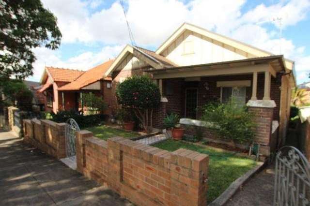 1/24 Excelsior Parade, Marrickville NSW 2204
