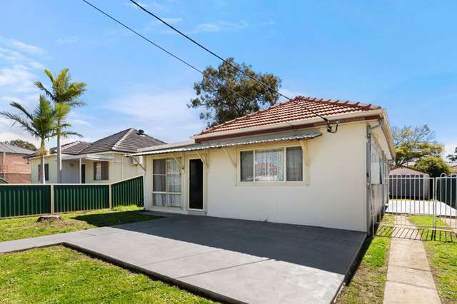 33 Foxlow St, Canley Heights NSW 2166