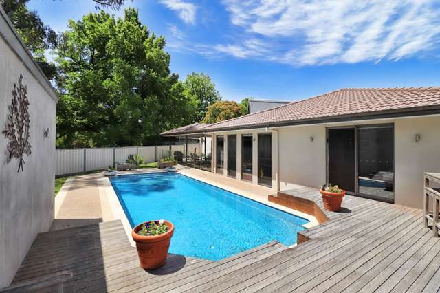 7 Butler Court, Bright VIC 3741