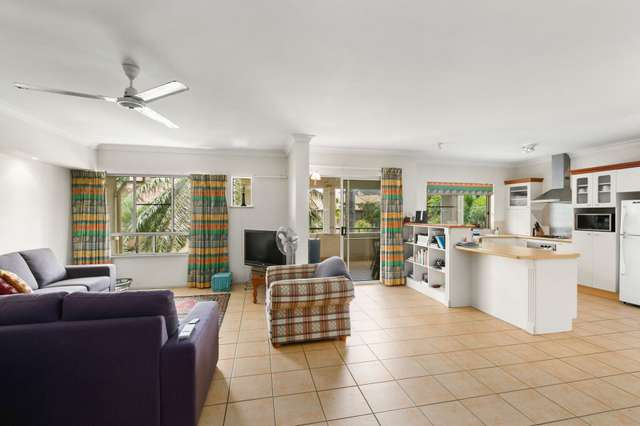 311/2 Greenslopes Street, Cairns North QLD 4870