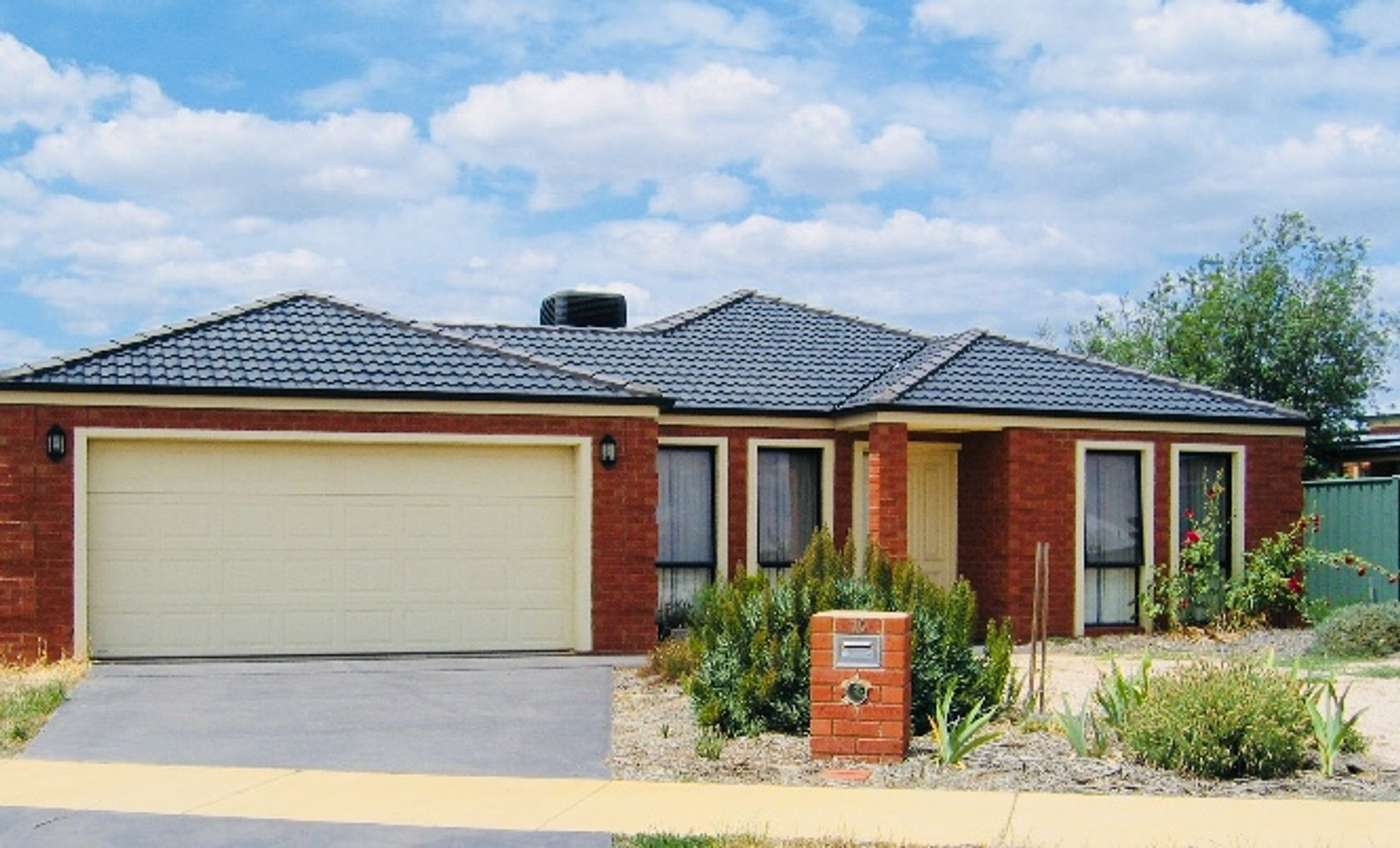 Main view of Homely house listing, 10 Parkway Drive, Strathfieldsaye, VIC 3551