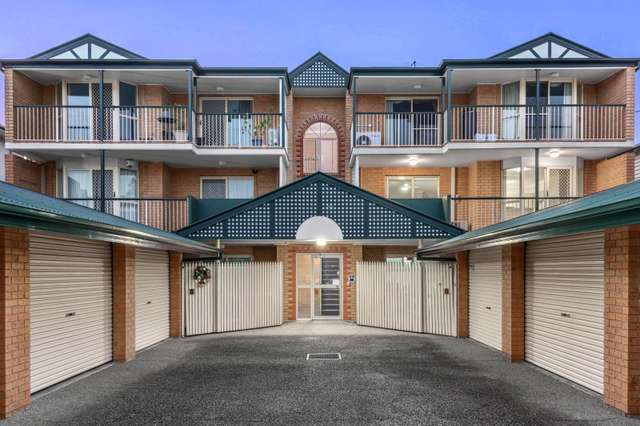 4/15 Cambridge Street, Bulimba QLD 4171
