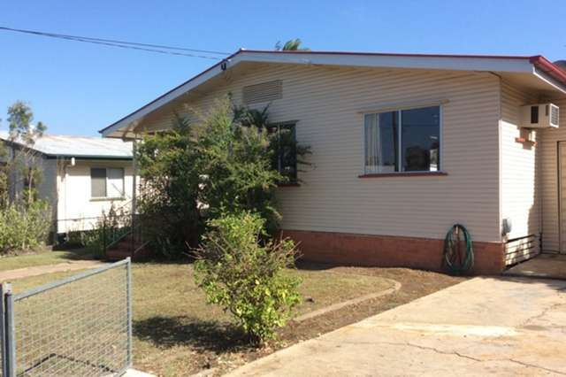 33 Edwards Street, Eastern Heights QLD 4305