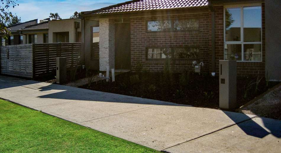 7 Turquoise Walk, Officer VIC 3809