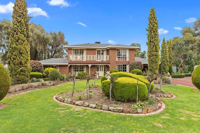 7 Schumakers Lane, Maiden Gully VIC 3551