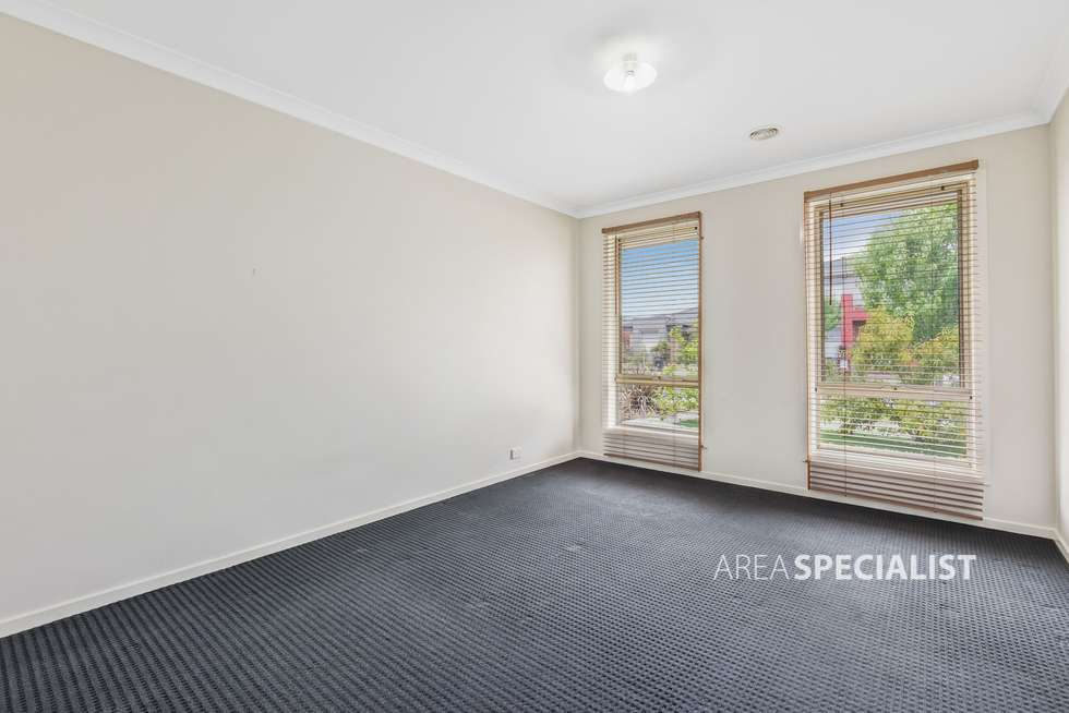 Fifth view of Homely house listing, 28 Dahlia Crescent, Keysborough VIC 3173